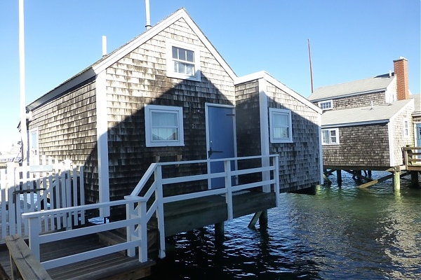 26 old north wharf town nantucket rentals vacation rental house rh jpfco com  nantucket wharf cottages for sale